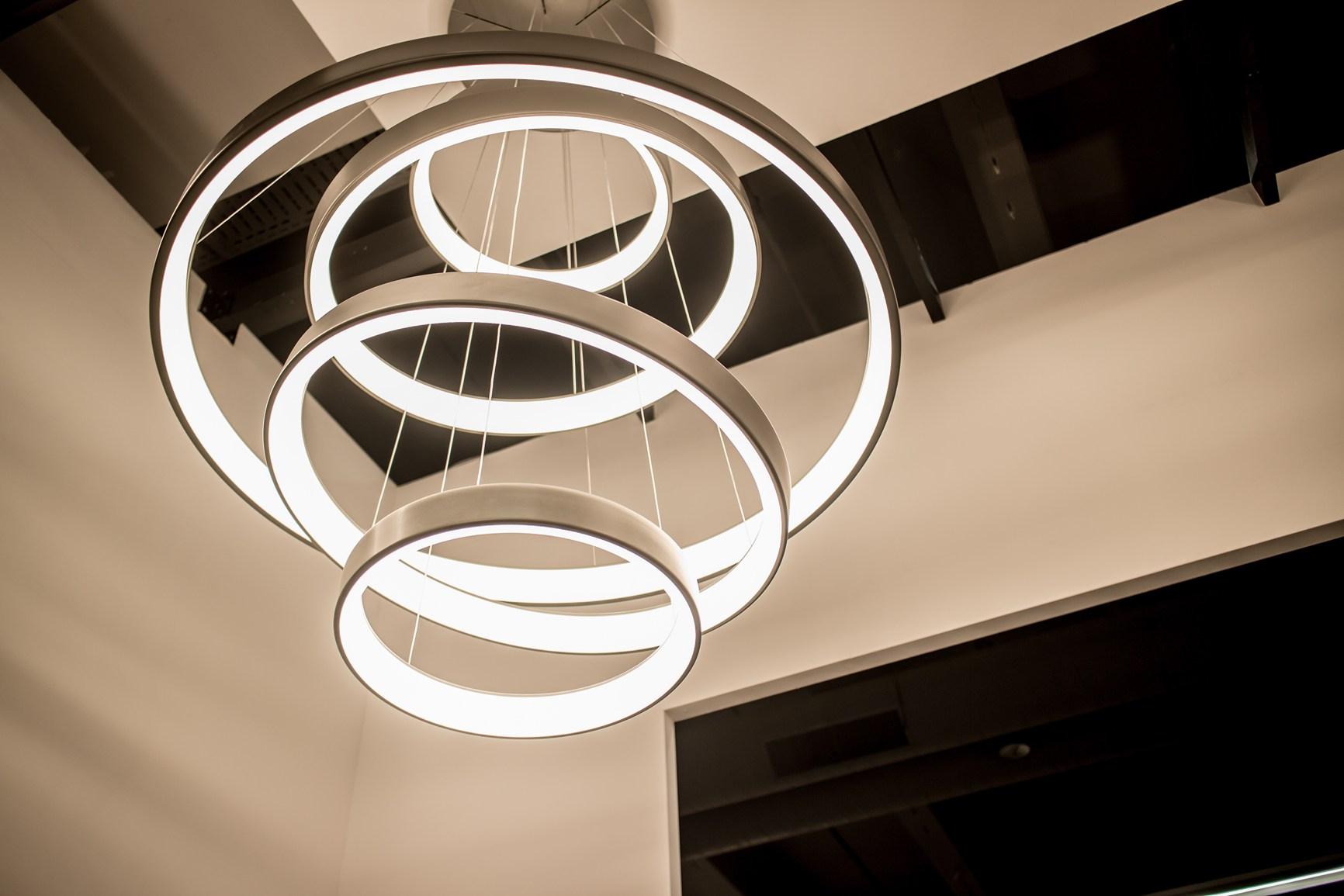 Martinelli luce presenta nuove collezioni a light building